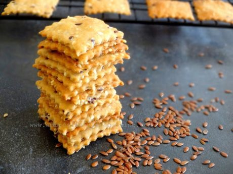 Wholegrain Flaxseed and Sesame Crackers