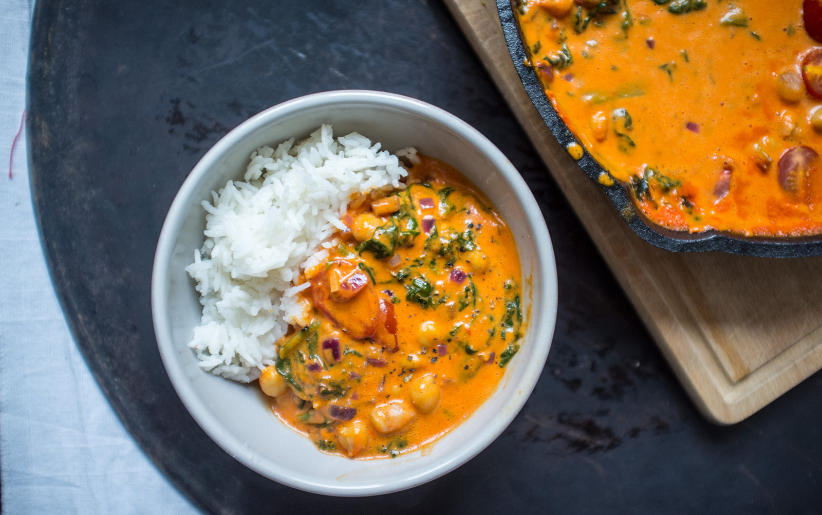 Roasted Red Pepper, Chickpea, and Spinach Curry