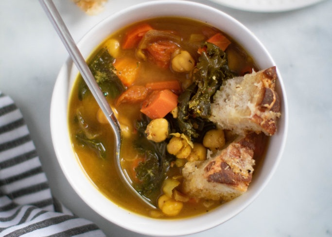 Tuscan Kale Chickpea Soup