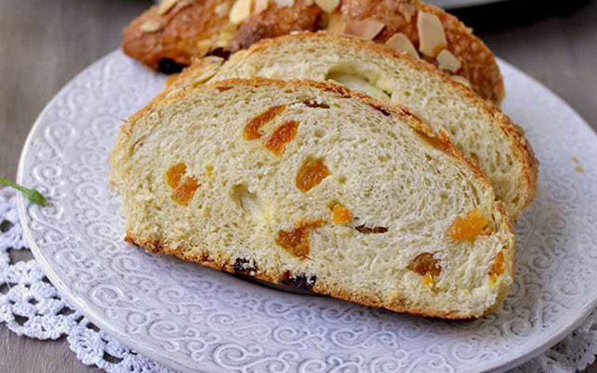 Colomba di Pasqua: Italian Easter Sweet Bread