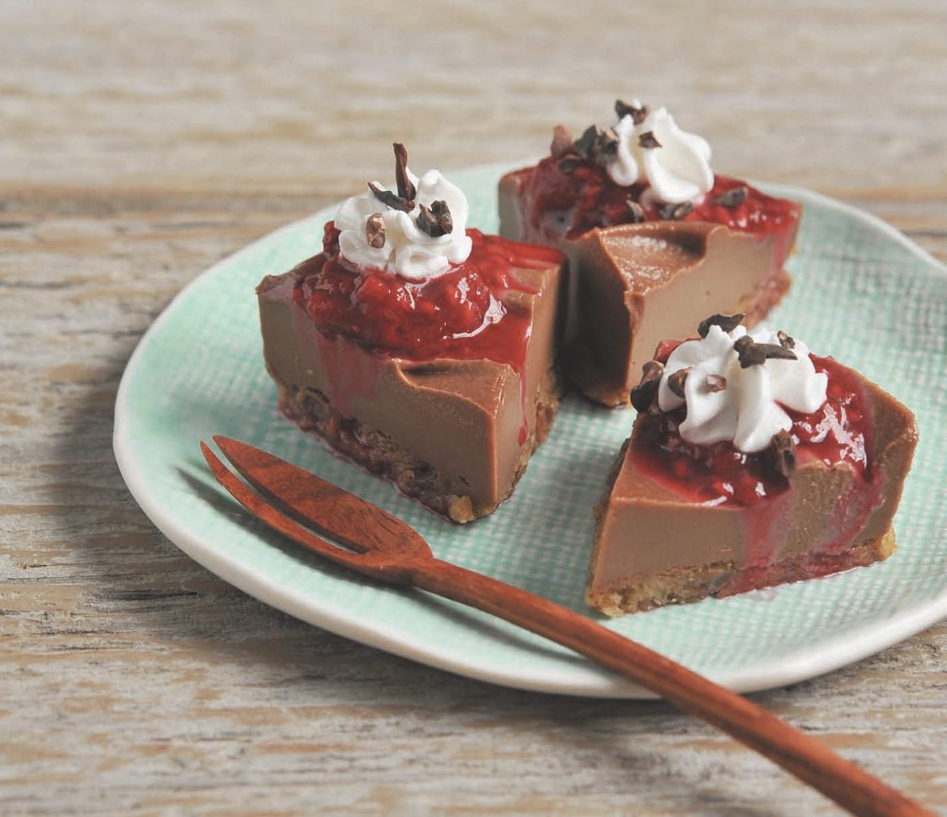 No Bake Chocolate Cashew Cheesecake