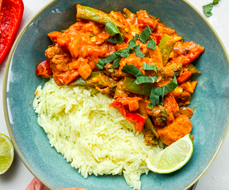 Vegan Tempeh Peanut Thai Red Curry