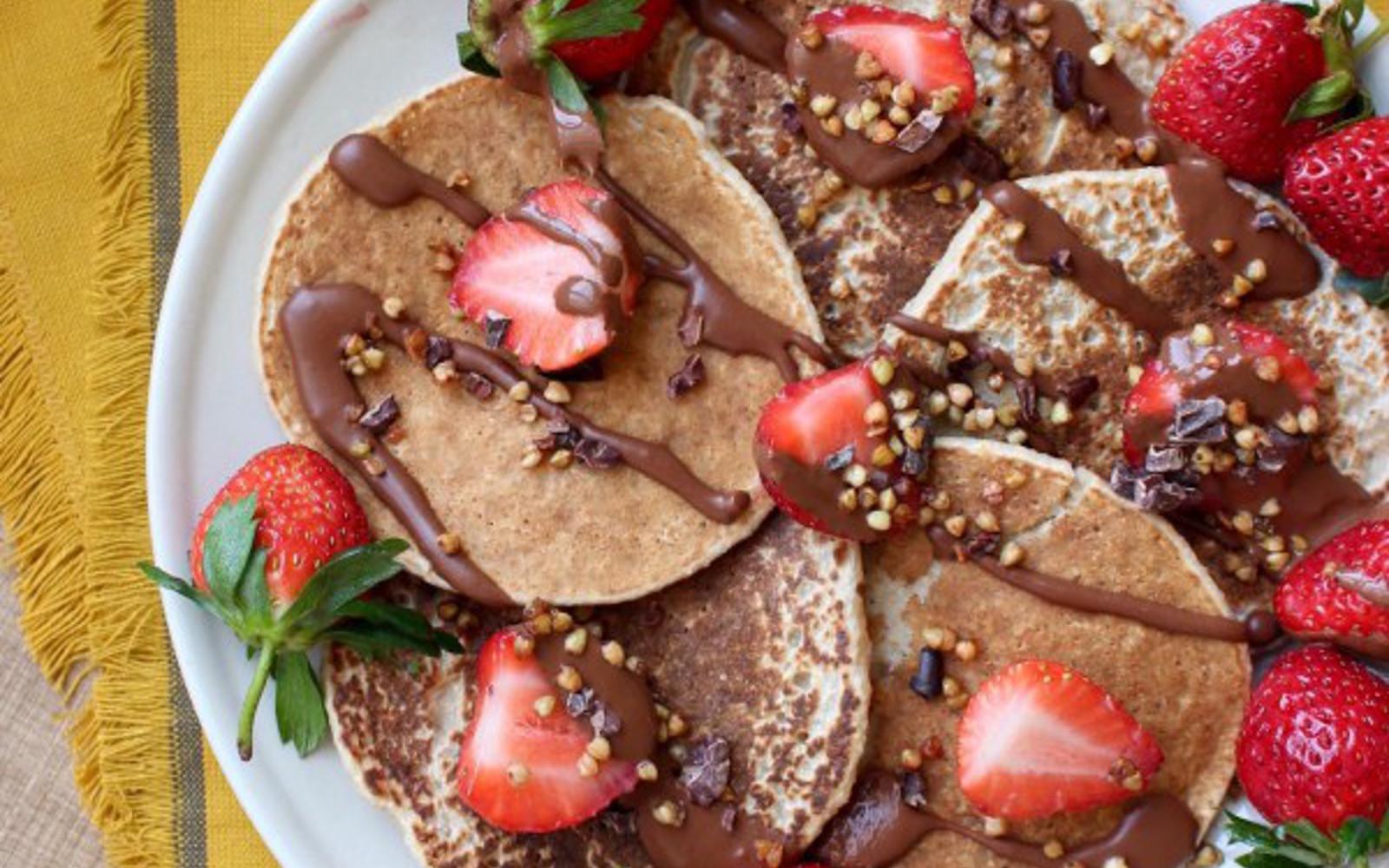 2 Ingredient Oatmeal Banana Blender Pancakes