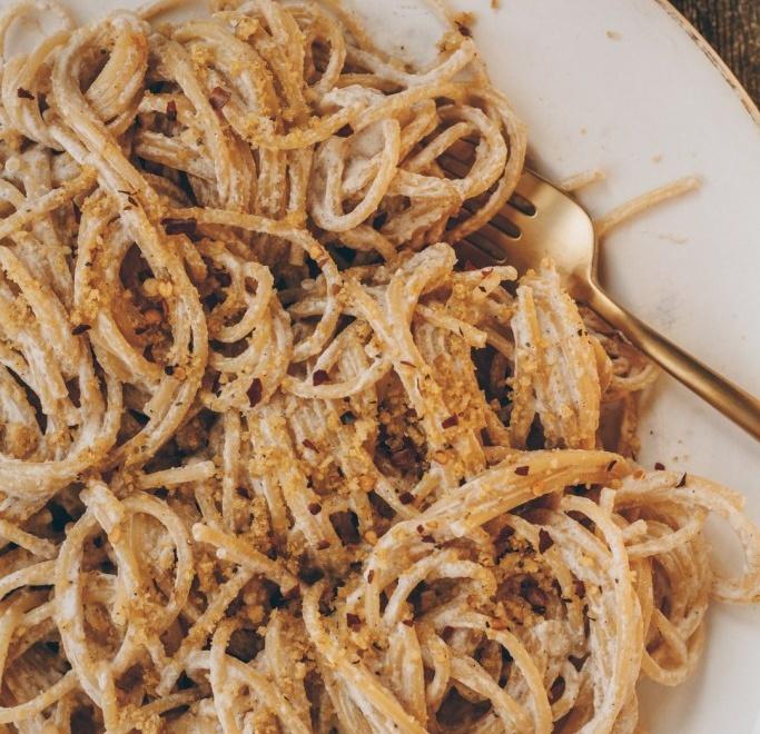 High protein creamy Walnut White Sauce Pasta