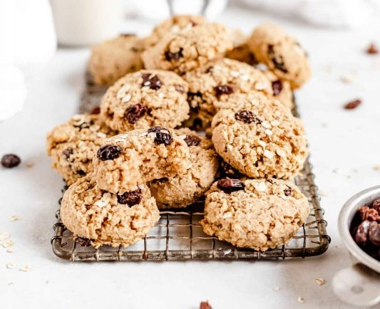 Vegan Healthy Chewy Oatmeal Raisin Cookies