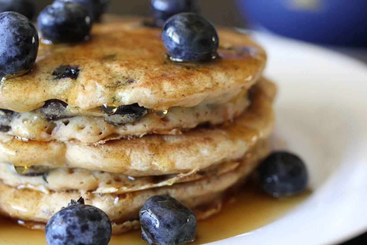 Vegan Easy Weekend Morning Pancakes