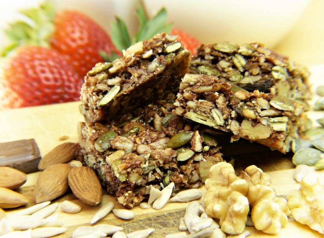 10 Vegan Low-Sugar Power Bars for Post-Morning Workouts