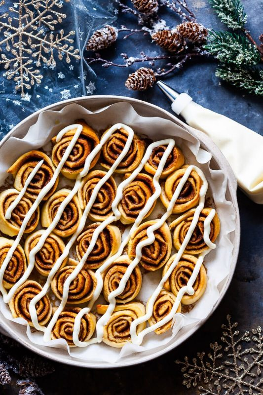 10 Vegan Cinnamon Roll and Bread Recipes to Sweeten Up Your Morning