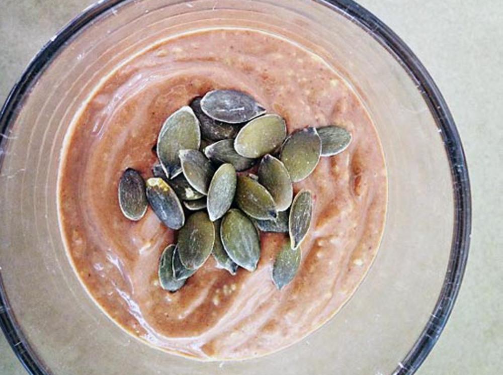 Raw Avocado and Cacao Smoothie Shake