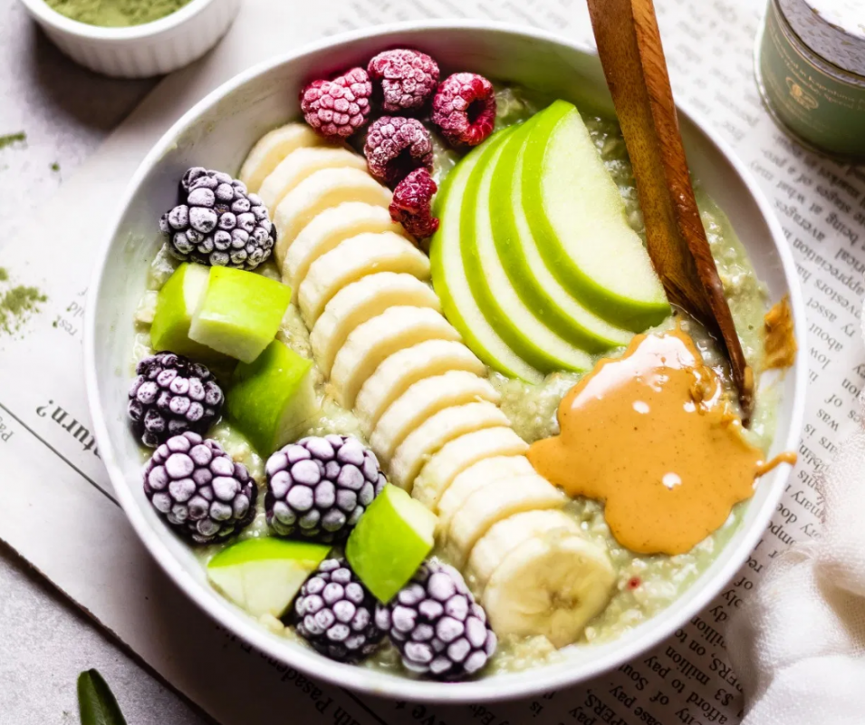 Vegan Vanilla Matcha Oatmeal