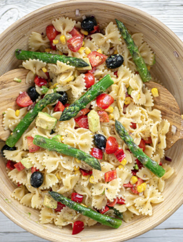 VEGAN PASTA SALAD WITH MUSTARD VINAIGRETTE