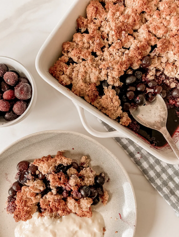 Vegan Healthy Blueberry Breakfast Crumble