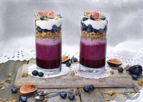 Berry Parfait with Coconut Yogurt & Granola