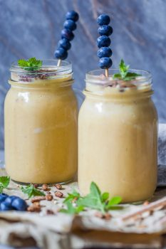 Breakfast Oats Peach Smoothie