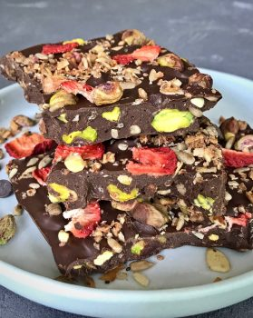 Chocolate Peanut Butter Granola Bark