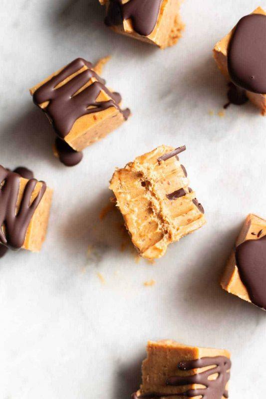 Vegan Date-Sweetened Peanut Butter Freezer Fudge