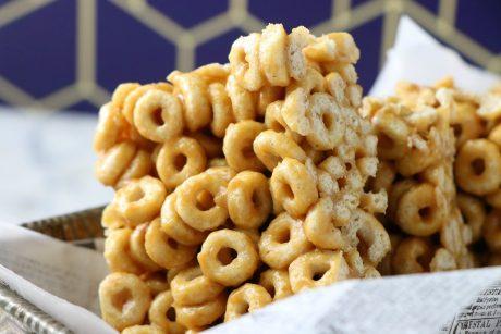 4 Ingredient Salted Peanut Butter Cheerio Bars