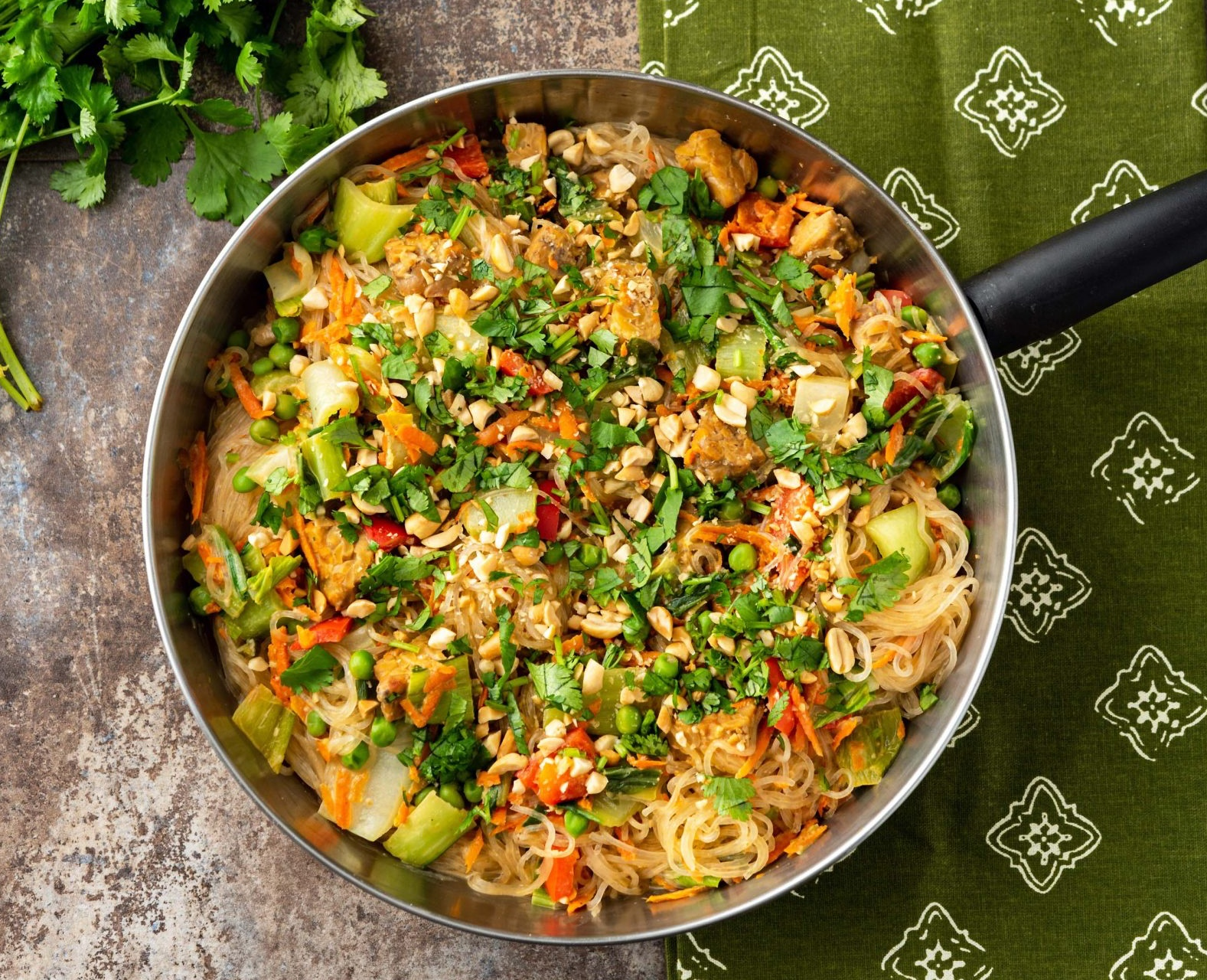 Indonesian Noodles with Tempeh