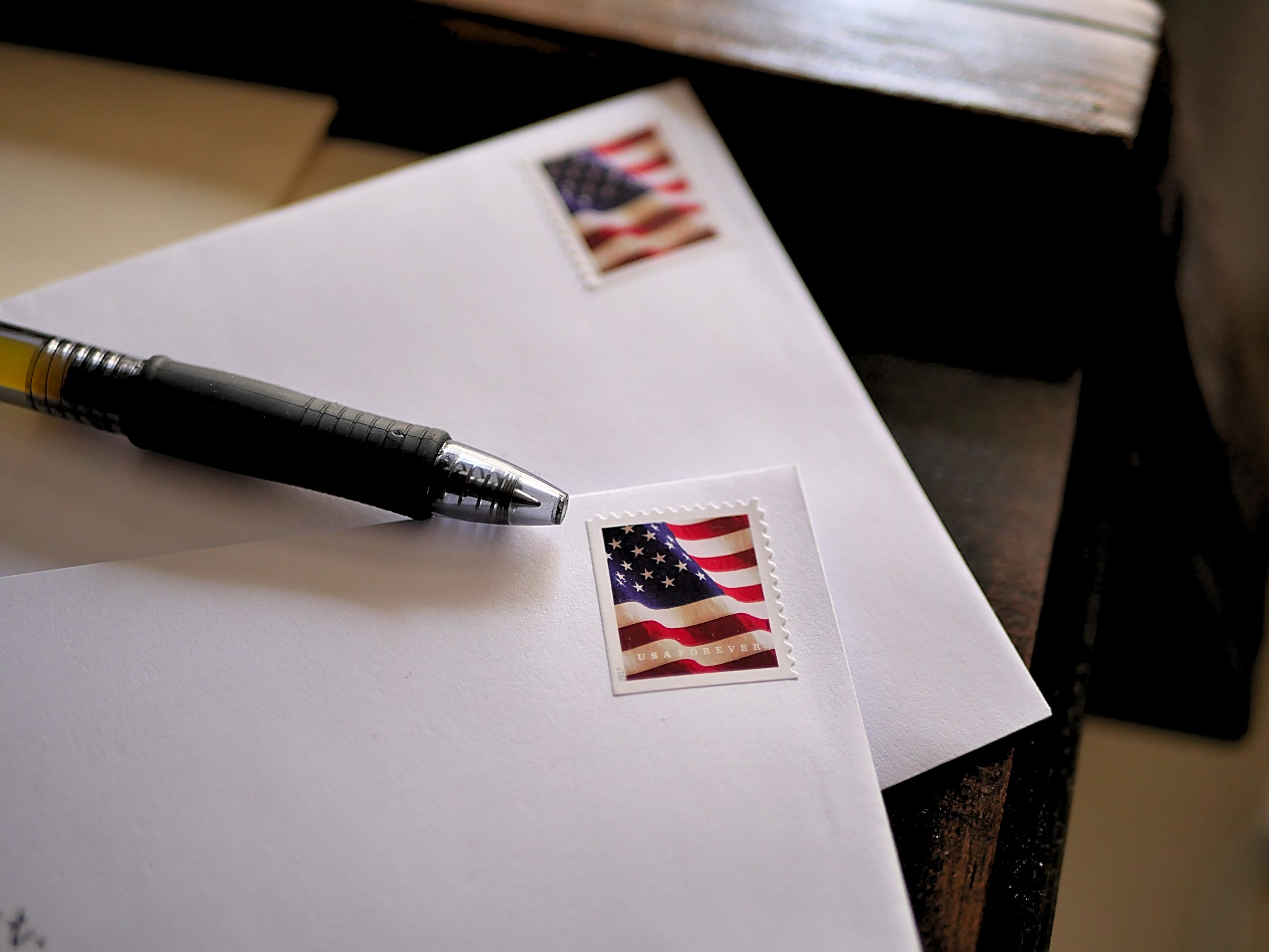 mail with flag