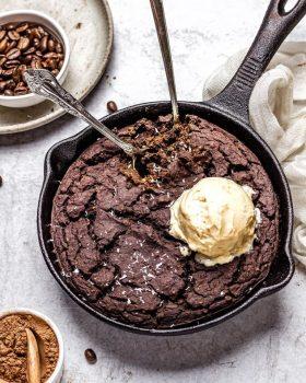 fudgy skillet black bean brownie