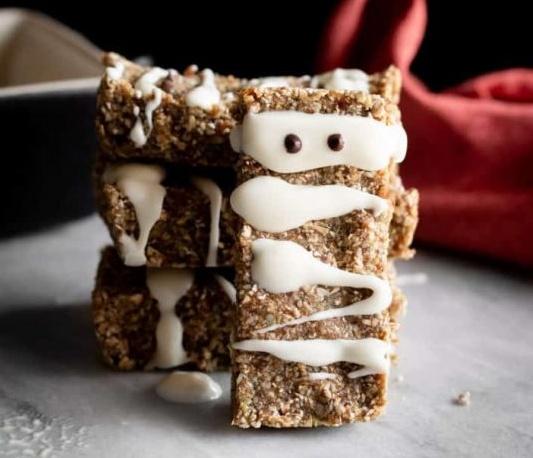 Vegan No-Bake Mummy Granola Bars