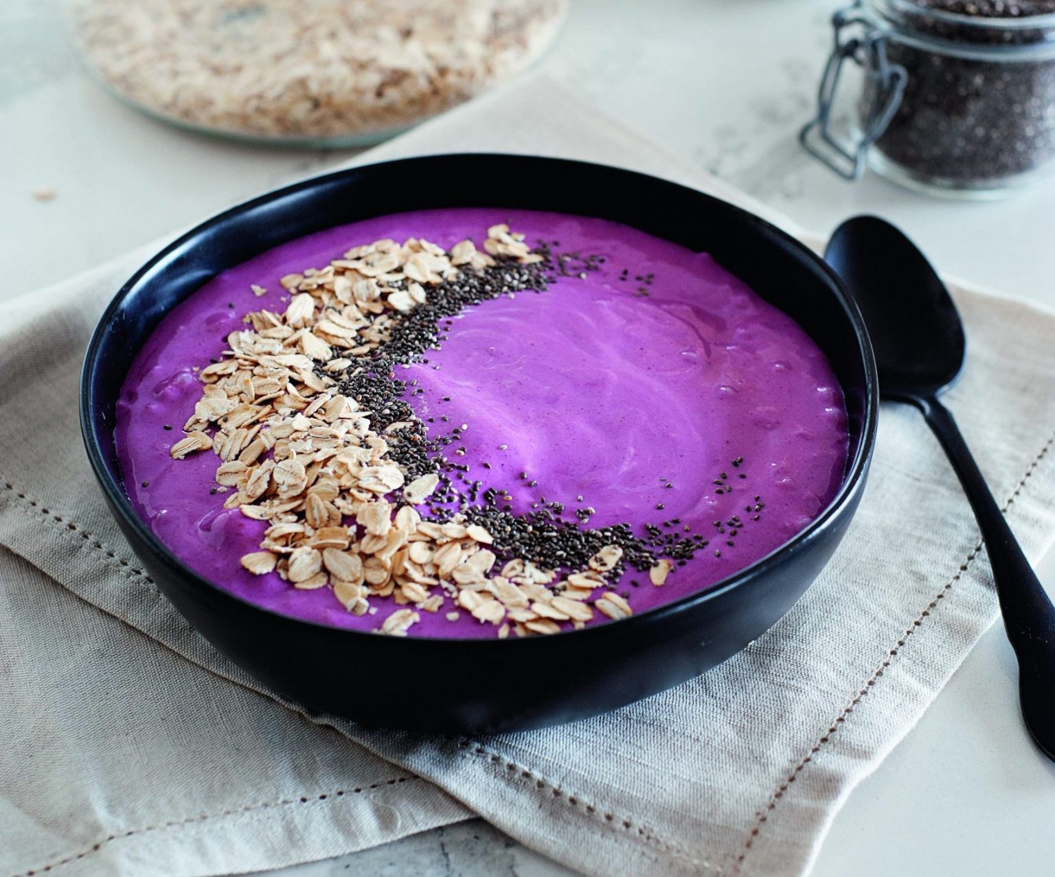 From Protein-Packed Mixed Fruit Smoothie Bowl to Hemp Chocolate Chip Cookies: Our Top Eight Vegan Recipes of the Day!