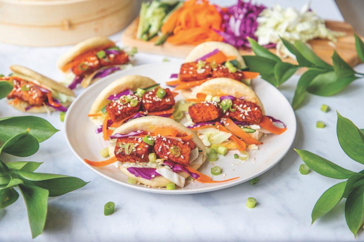 Sweet Gochujang Tempeh Bao [Vegan]
