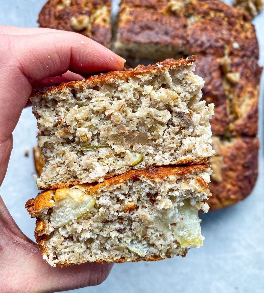 Healthy Apple Pie Oat Bars [Vegan, Gluten-Free]