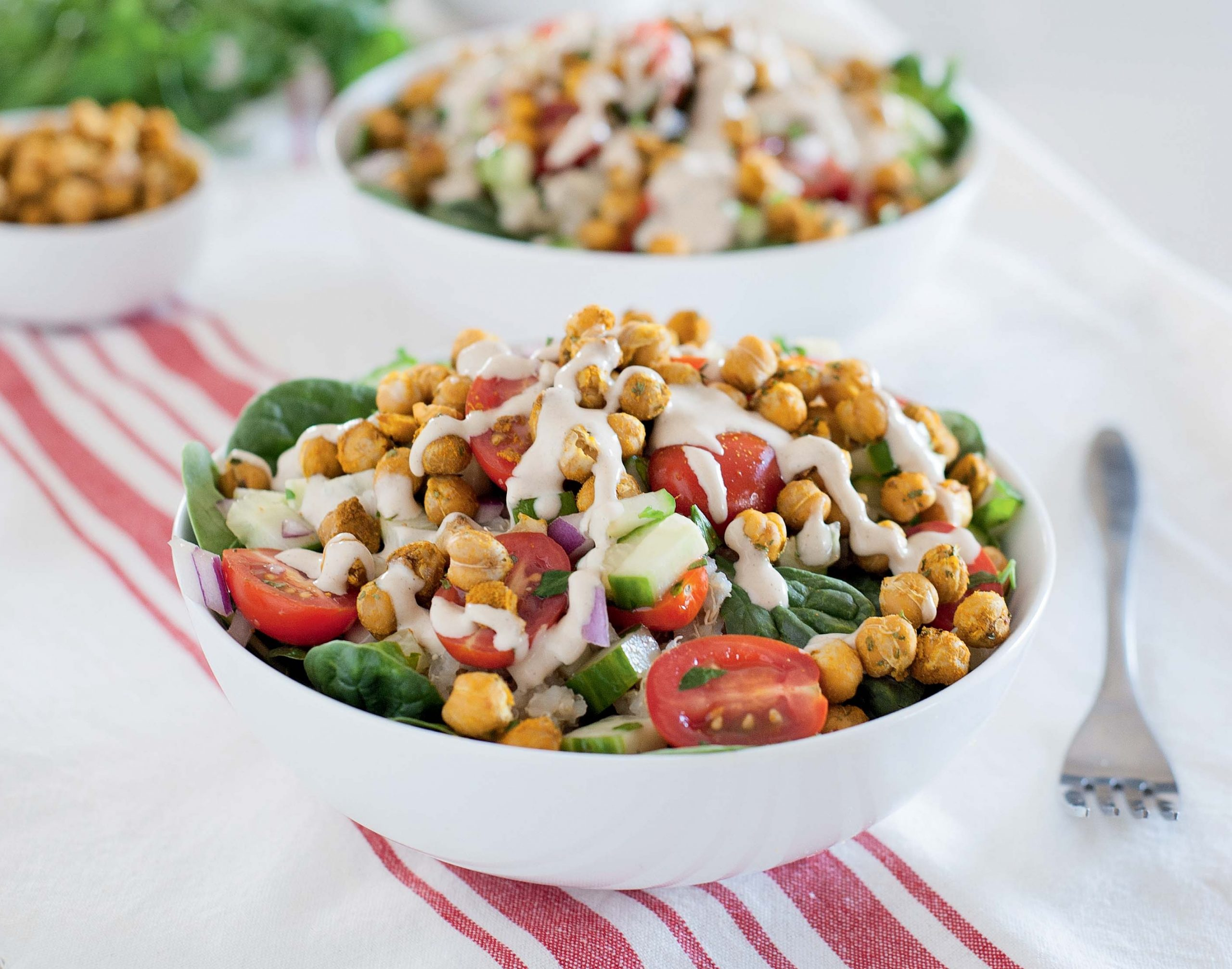 Mediterranean Quinoa Bowls with Roasted Chickpeas