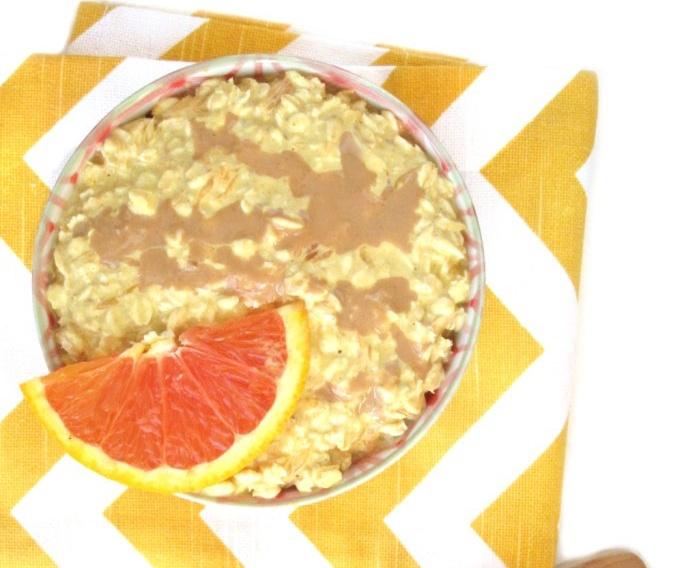 Orange Turmeric Tahini Overnight Oatmeal [Vegan]