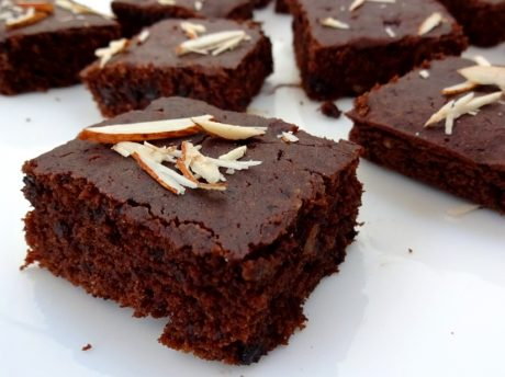 Easy Vegan Whole Wheat Brownies