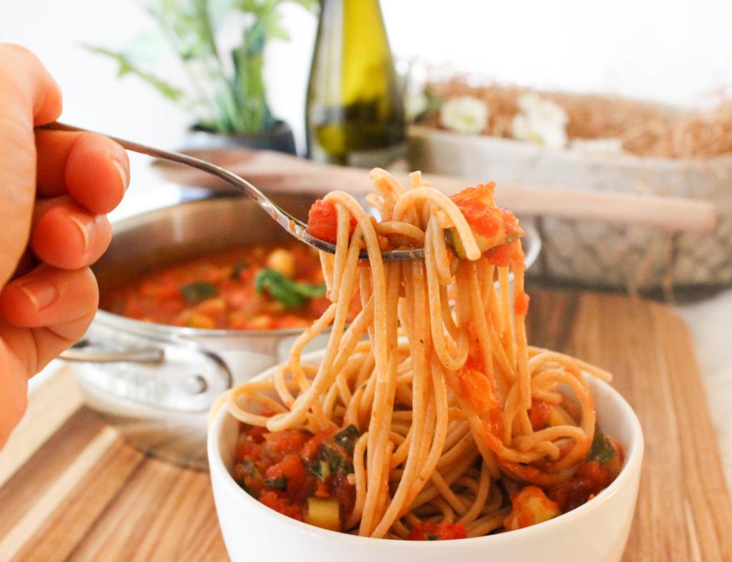 Vegan Zucchini Pasta Fresca