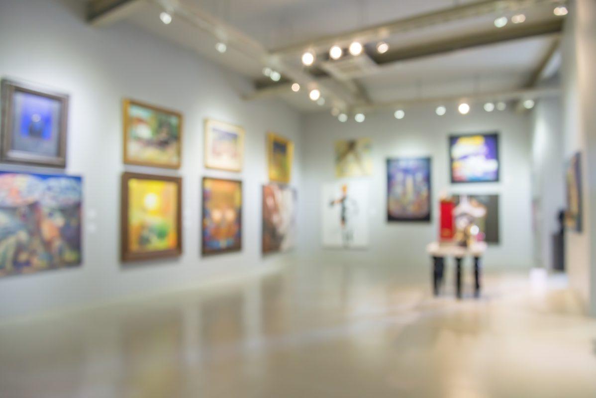 Abstract blur of an art gallery.