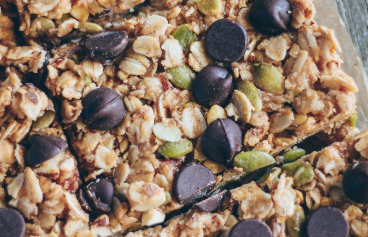 Vegan Peanut Butter Oatmeal Granola Bars