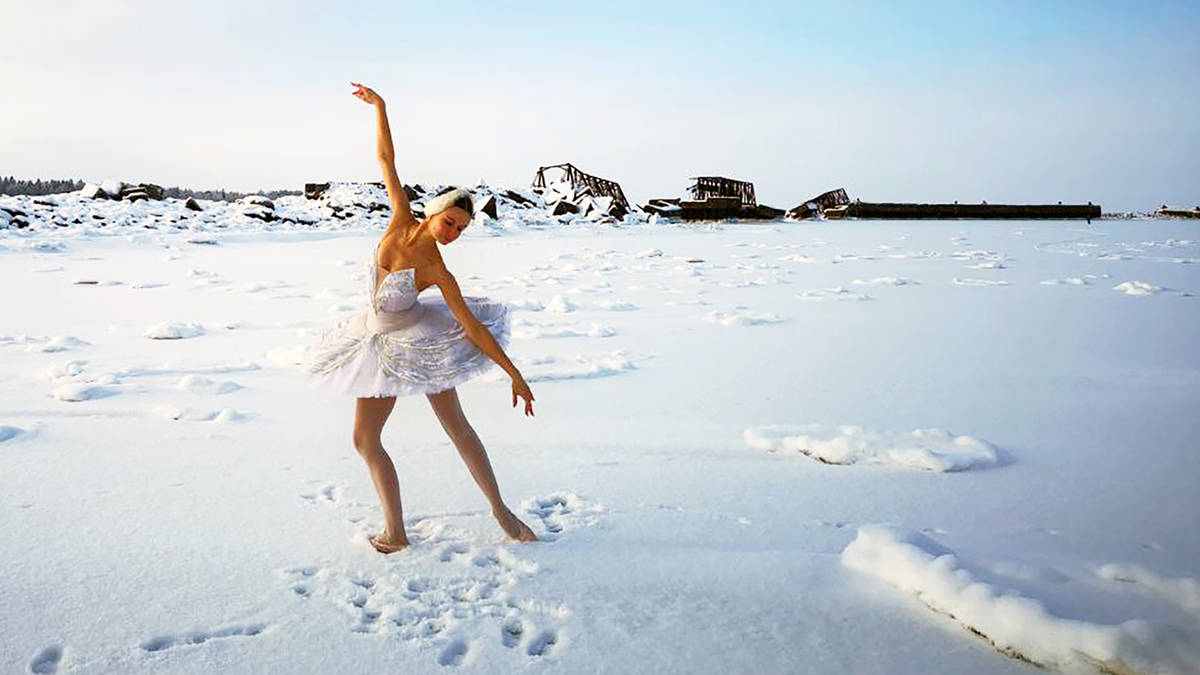 Ilmira dancing on the bay.