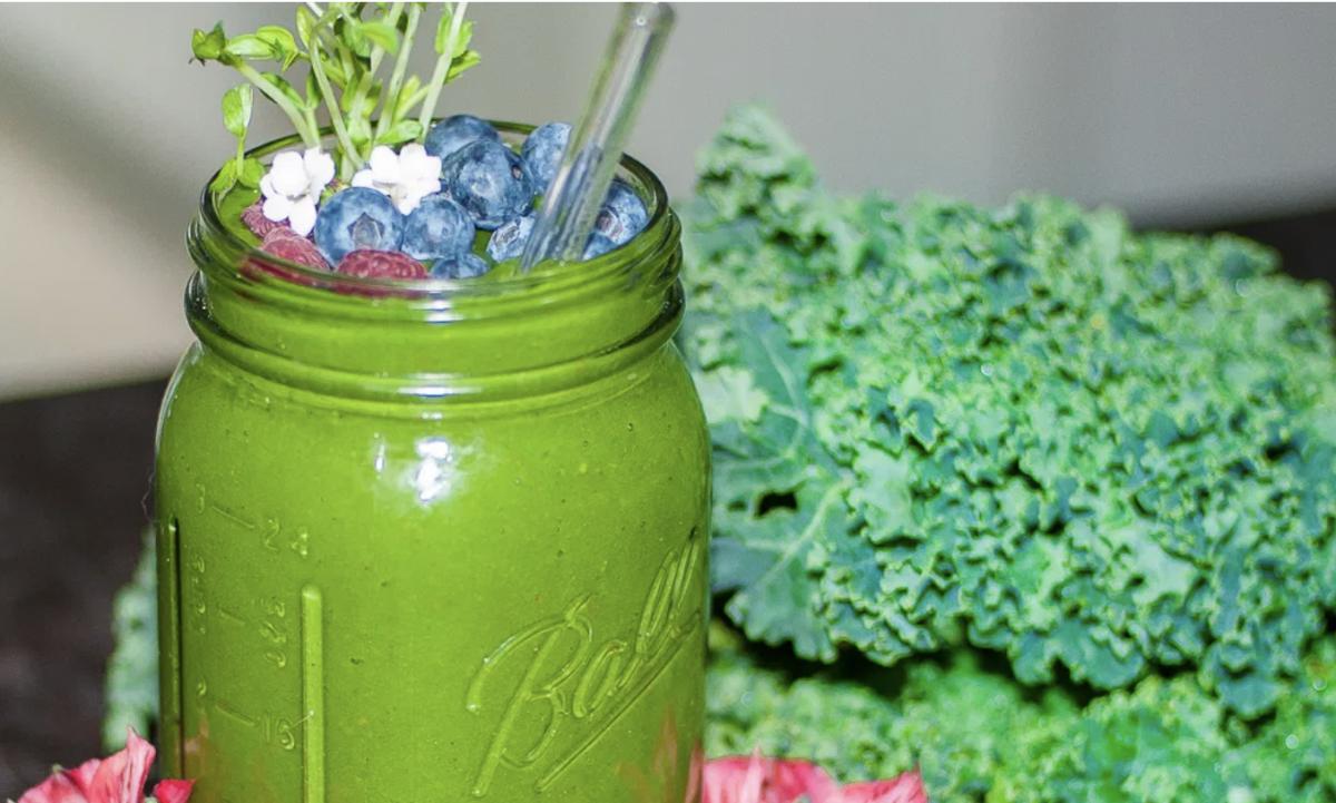 Vegan Tropi-Kale Smoothie