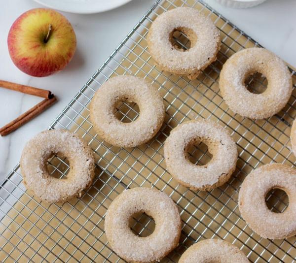 Vegan Pretty Apple Cider Donuts