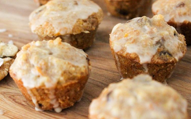 Carrot Cake Muffins [Vegan]