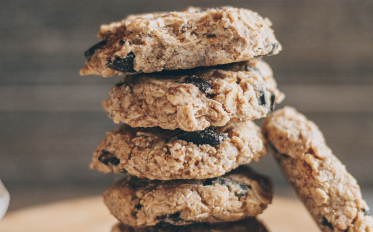 No-Bake Chocolate Chip Oatmeal Cookies [Vegan, Gluten-Free]