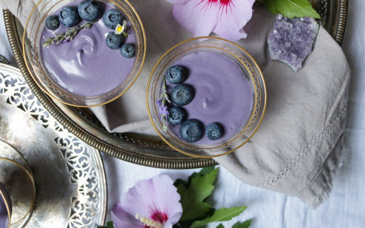 5-Ingredient Blueberry Mousse