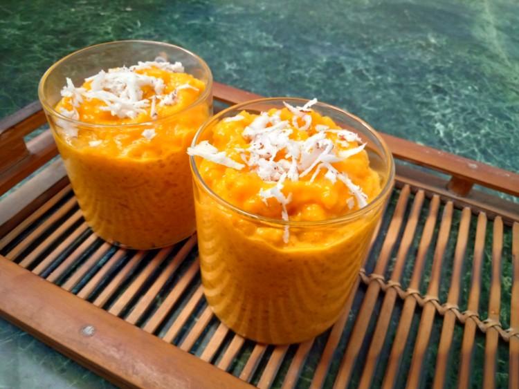 3-ingredient Mango ud Ding