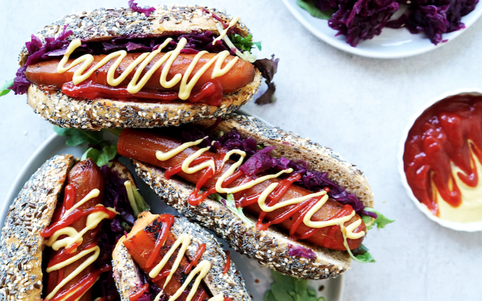 Red Cabbage Carrot Dogs