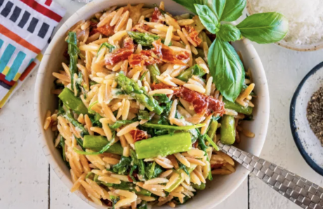 Toasted Orzo with Roasted Garlic and Asparagus