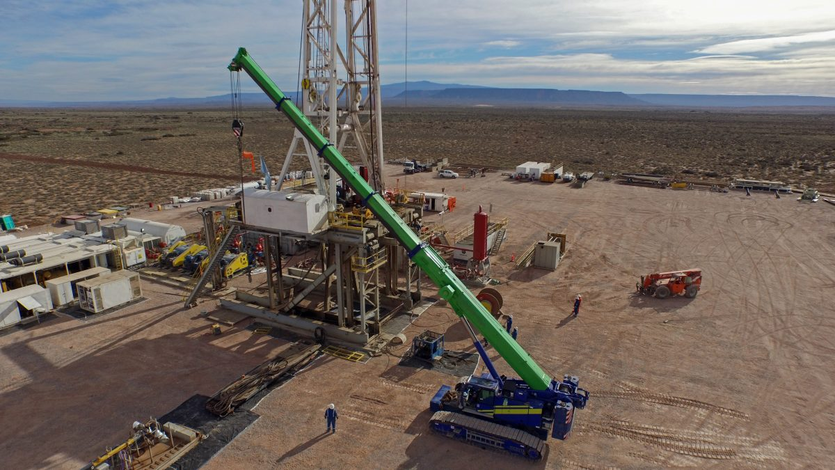 California Governor Moves to Ban Fracking