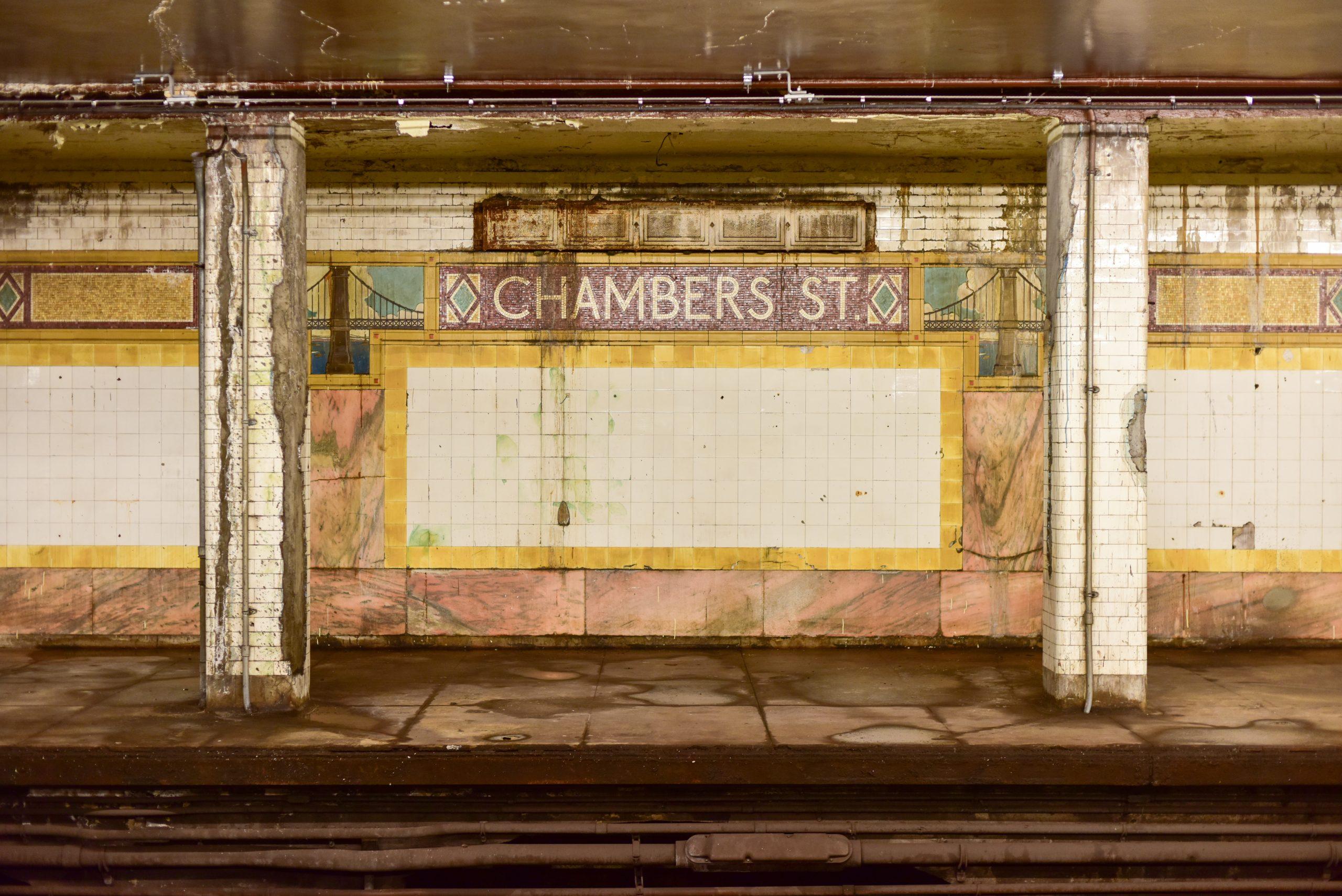 Chambers St