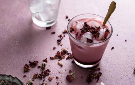 Rose Iced Latte