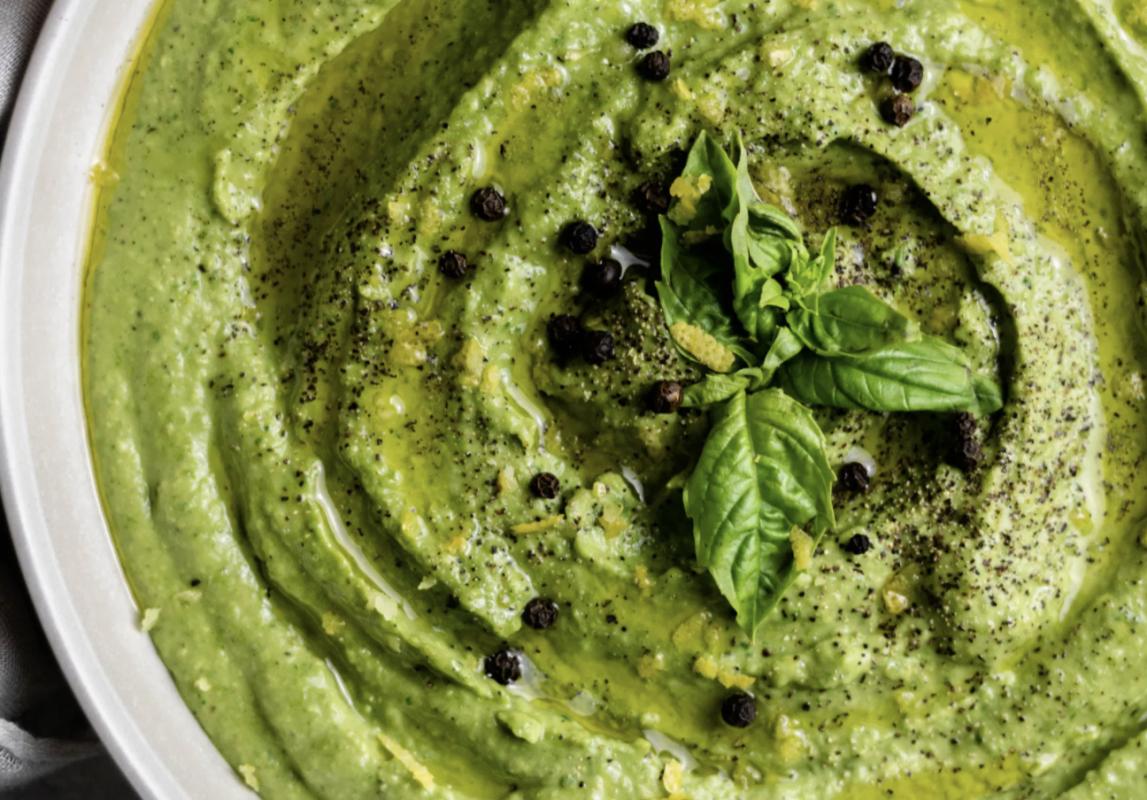 Spinach and Garlic White Bean Dip [Vegan]