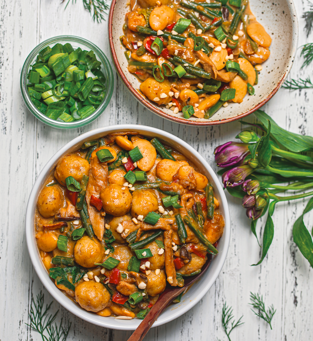 Vegan Creamy Dumpling and Butter Bean Stew