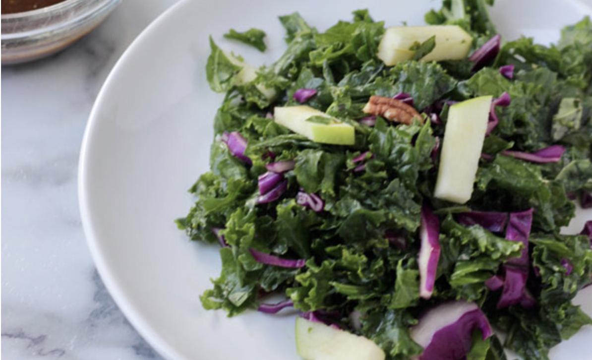Kale salad with oil-free balsamic vinegar