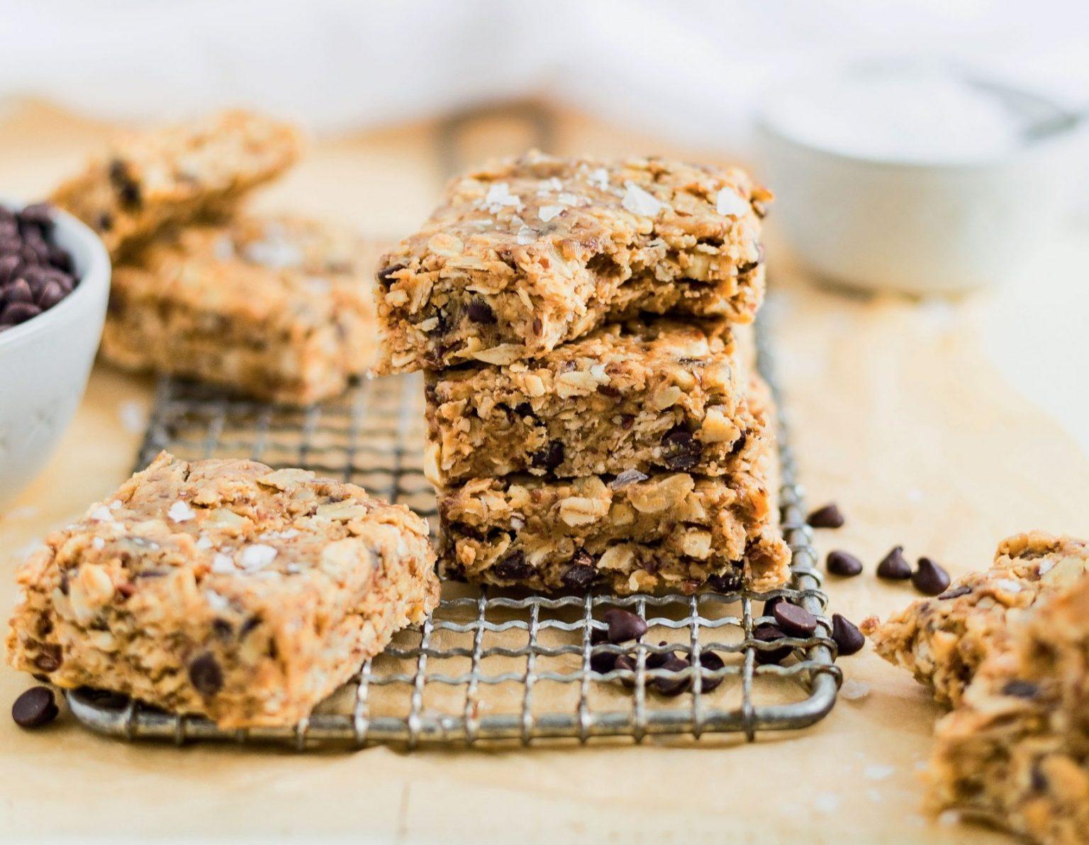 Vegan No-Bake Chocolate Peanut Butter Granola Bars